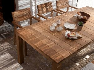 Tribu – Kos dining table
